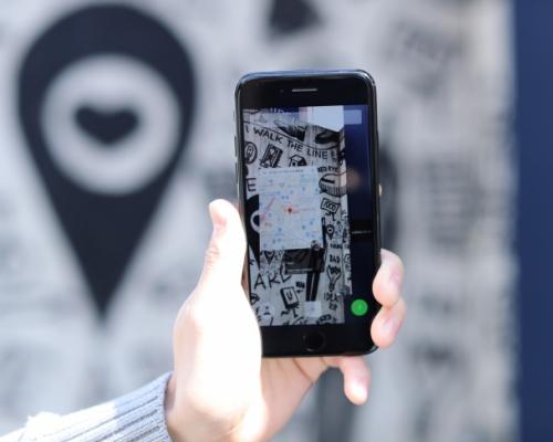 アイアンマンの人工知能を再現!AR・画像認識を用いたビジュアルアプリ「Sticker/スティッカー」