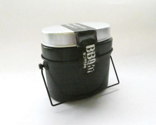 自宅でキャンプ気分が味わえる大人の食玩「BBQ缶(なつやすみ味)」
