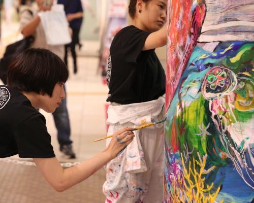 名門美大生による柱巻きアート甲子園「Pillar Art コンペティション」