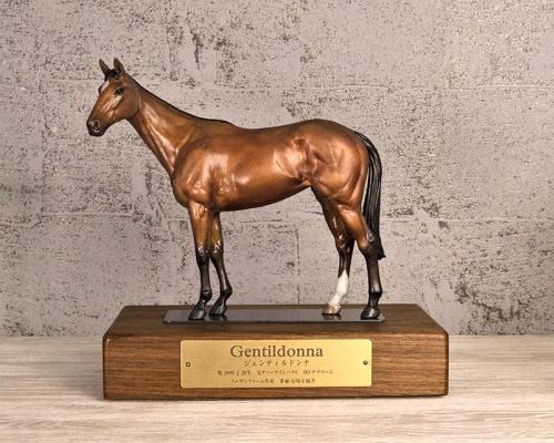 馬ってこんなにカッコよかったっけ?「オルフェーヴル号」「ジェンティルドンナ号」