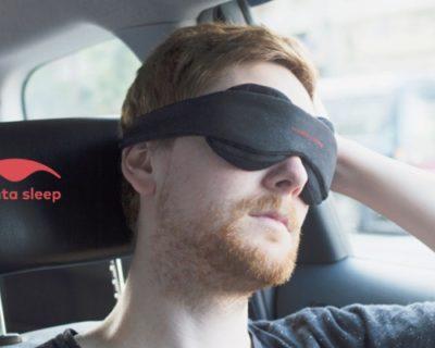 世界初の組み立て式アイマスク「Manta Sleep Mask(マンタスリープマスク)」100%遮光感!