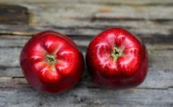 「赤いりんご」は「青いりんご」心理学で知った忘れられない話