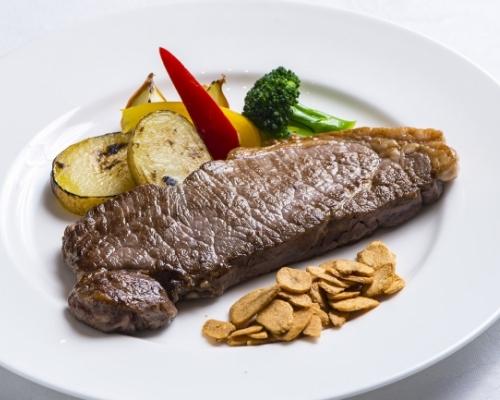 夢のステーキ食べ放題がGW限定で味わえる「松山東急REIホテル」