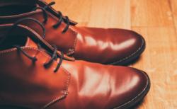 靴のソールが片方だけ減るのが早い。その原因ってなんだろう?