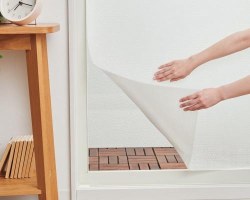 貼るだけで防カビ・消臭!お家の悩みを簡単解決!
